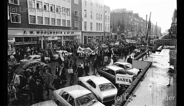 Springboks arrive in Limerick-Protests 12-1-1970 | From